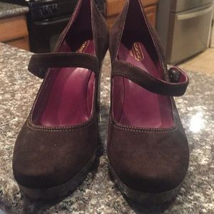 Coach brown suede size 71/2 like new